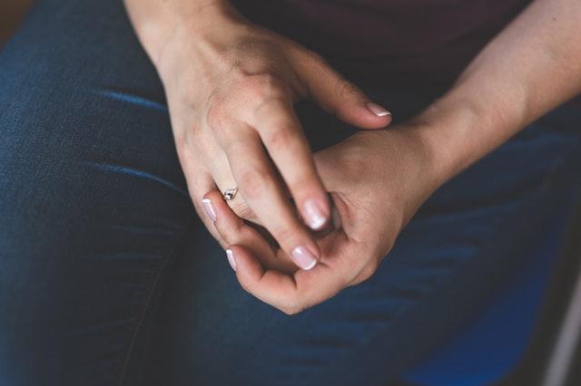 hands-woman-girl-silver
